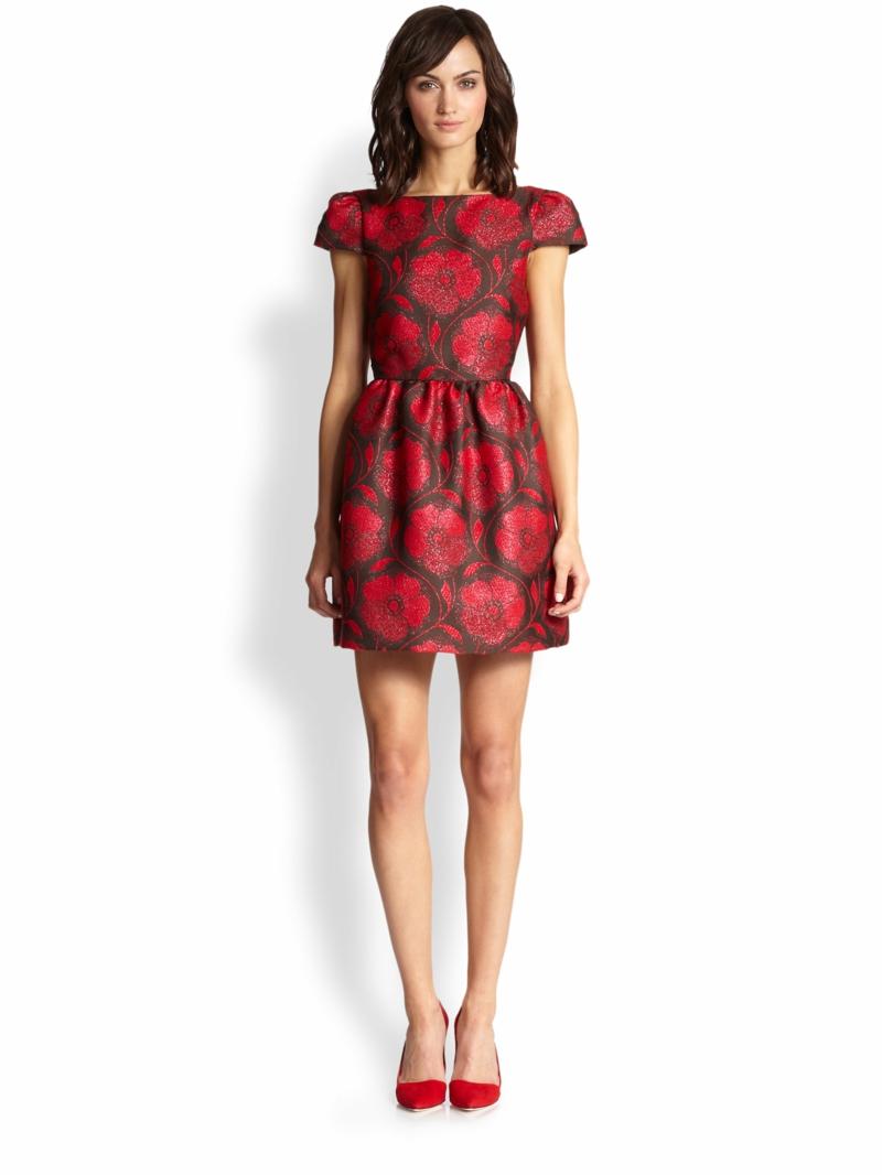 schöne Sommerkleider kurz Blumenkleider rot