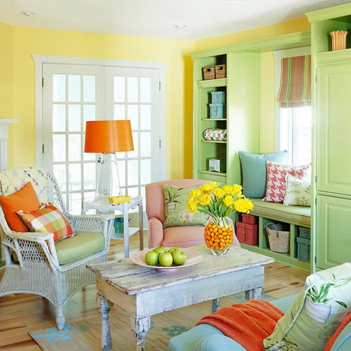 schöne wohnideen dekoideen frühling gelbe wände blumendeko ländlichder stil