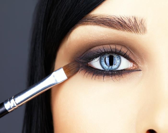 Make up tipps f r fr hling und sommer 2016 for Augen dezent schminken