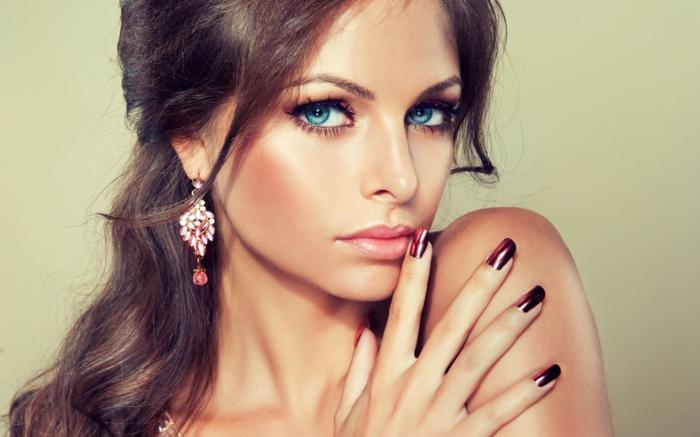schminktipps augenschminke lippenstift nagellack