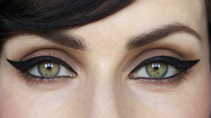 schminktipps eye liner schwarz augen schminken trends 2016