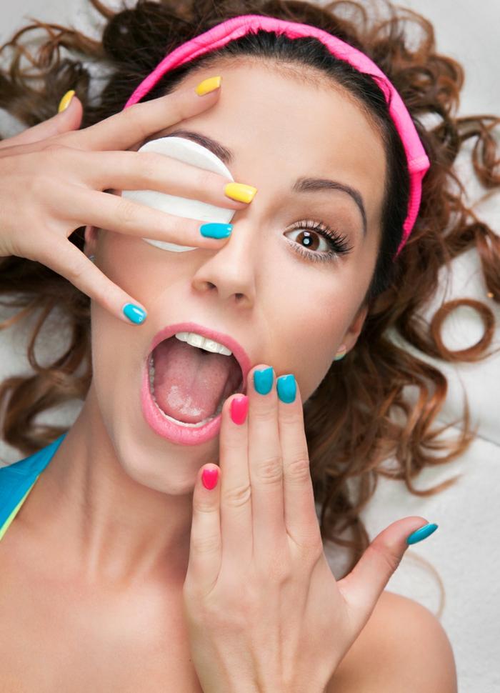 schminktipps wimperntusche nagellack frisur