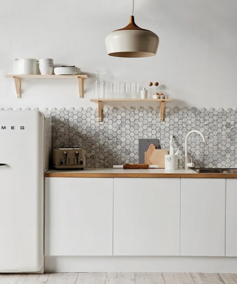 skandinavisch wohnen Einrichtungsbeispiele Küchenideen Retro Kühlschrank smeg
