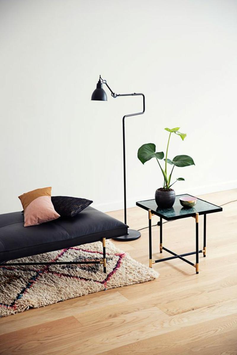 skandinavisch wohnen elegante Designermöbel schwarz