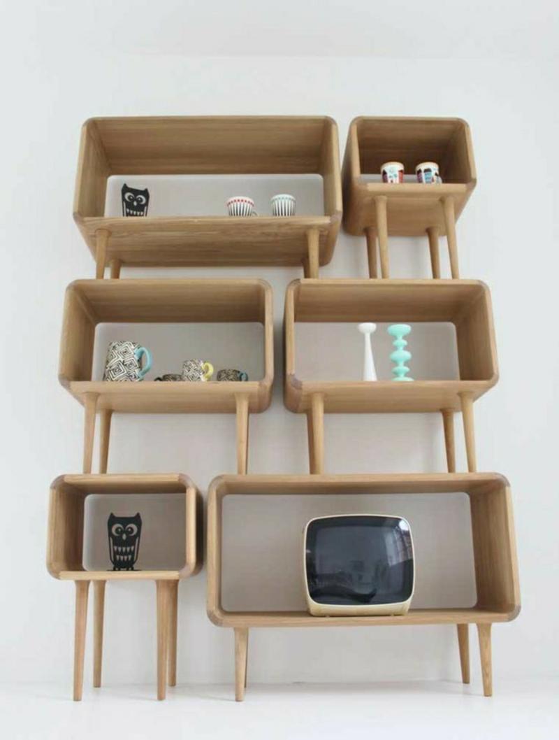 skandinavische möbel holzregal und dekoartikel