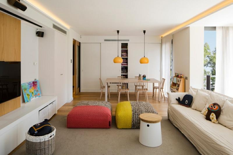 skandinavisches Design farbige Wohzimmermöbel