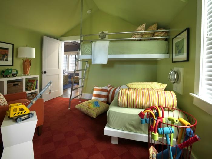 kinderzimmer teppich roter teppichboden grüne wände kinderhochbett