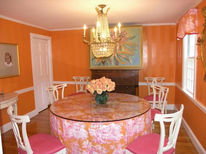 innendesign esszimmer einrichten leuchter orange wände rosa akzente