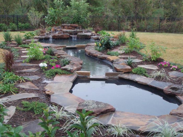 wasserfall im garten gartenideen pflanzen wasser frisch