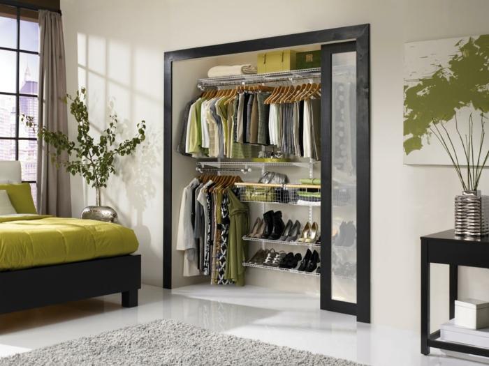 wohnraumgestaltung schlafzimmer eingebauter kleiderschrank schiebetüren