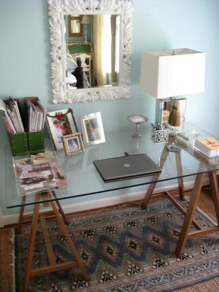 Büromöbel Glasschreibtisch mit Holzbeinen Home Office einrichten