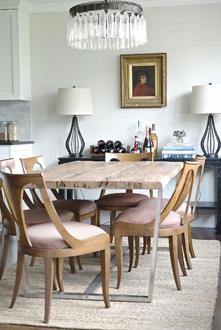 Einrichtungsbeispiele rustikaler Esszimmertisch mit Stühlen