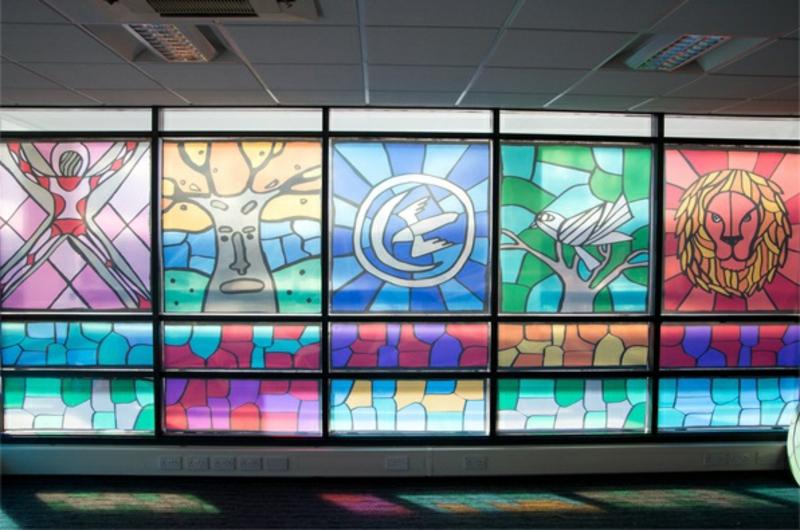 Game of Thrones Besprechungsraum Buntglasfenster Fensterfolie