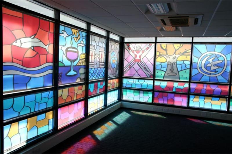 Game of Thrones Buntglasfenster durch Fensterfolie Szenen