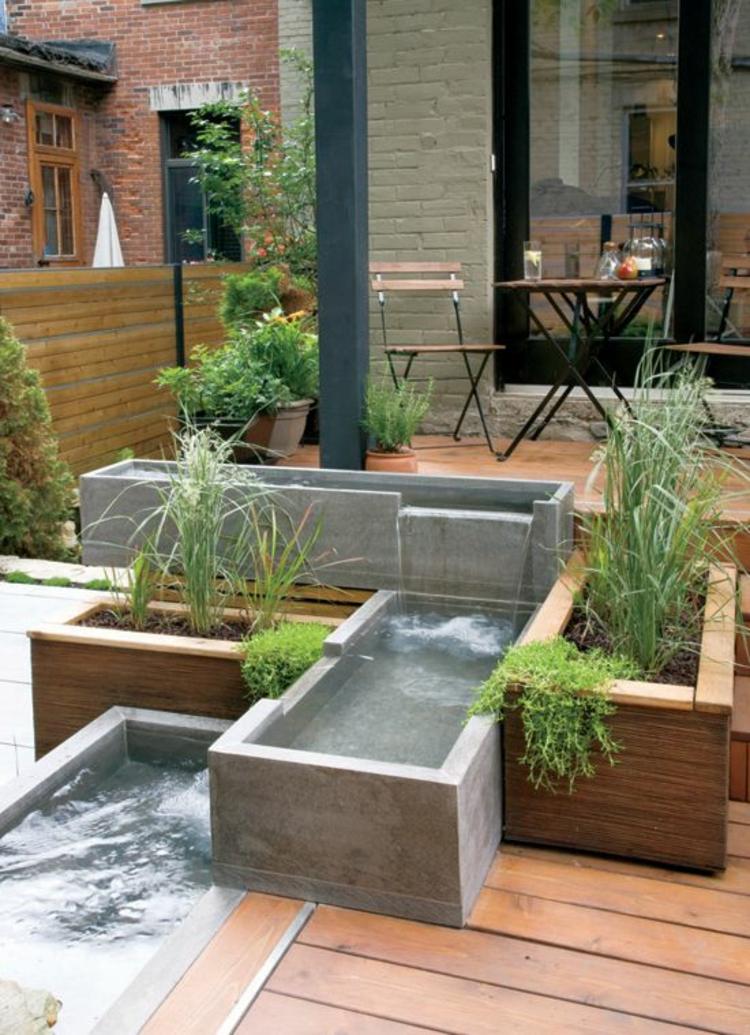 Gartenteiche Bilder moderne Gartengestaltung Holzboden Beton Teich