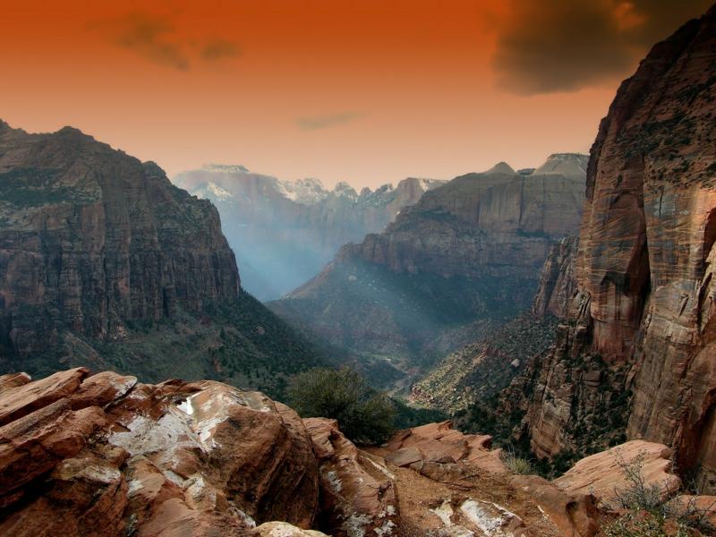 Gipfelstürmer Berggipfel weltweit Bergsteiger