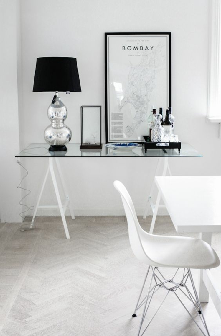 Glasschreibtisch - das schönste Accessoire für Ihre minimalistische ...