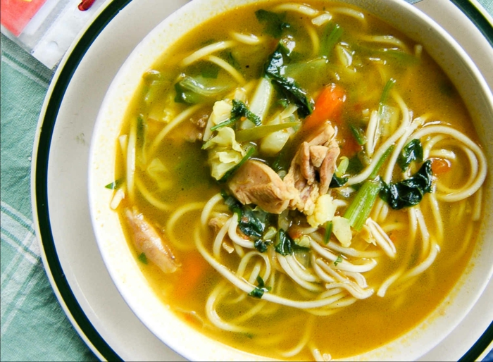 Gute Ernährung essen gesund Suppe Erkältung ingwer
