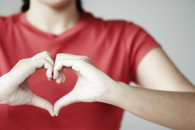 Herzkrankheiten Frauen Symptome gesundes Leben Herzanfall