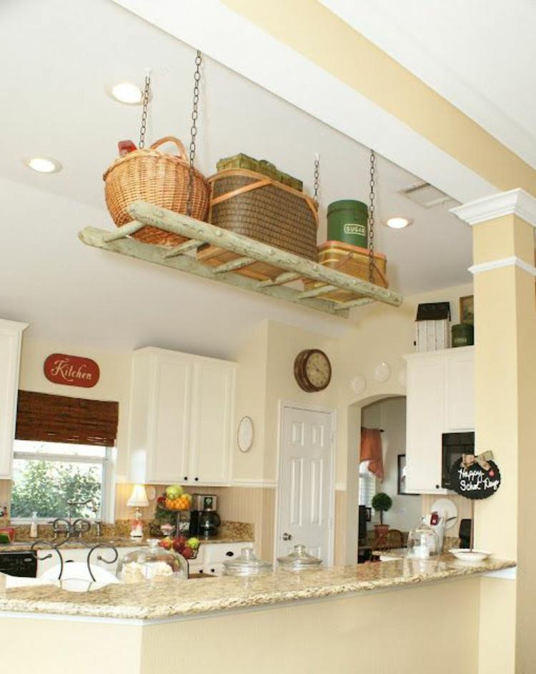 Holzleiter rustikale Küche einrichten Küchenregal Leiter Holz