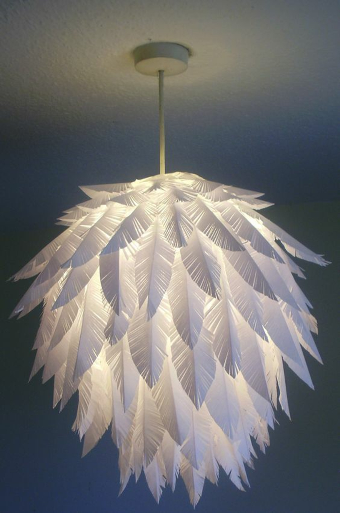 Lampen selber machen DIY Lampen Papierblätter Kronleuchter