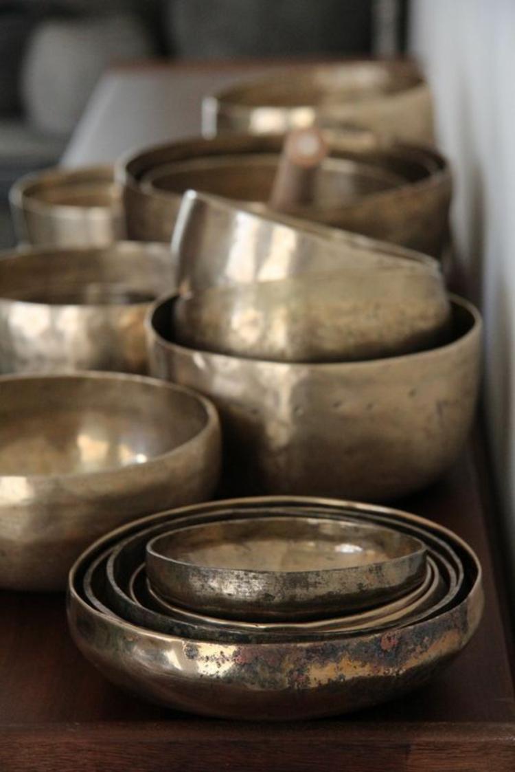 Tibetische Klangschalen Bronze verschiedene Form und Größe