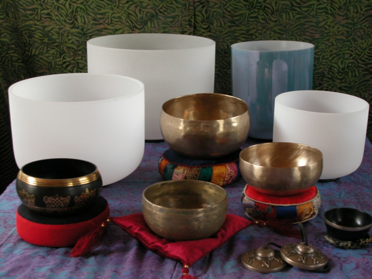 Tibetische Klangschalen Messinglegierung und Kristall Schallen