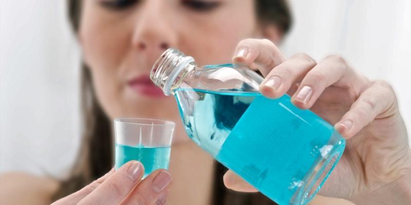 Zahnschmerzen was tun Mundspülung gegen Schmerzen