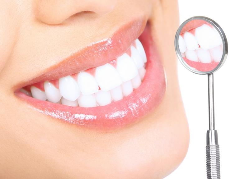 Zahnschmerzen was tun Zahnarzttermin gesunde Zähne