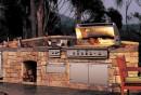außenküche-selber-bauen-naturstein-diy-ideen-grill-eingebaute-küchengeräte