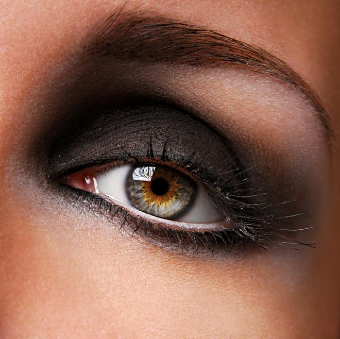 augen schminken dunkle schattierungen makeup tipps