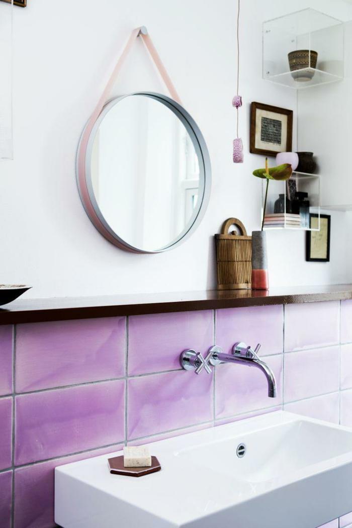badezimmerfliesen lila frisch runder wandspiegel