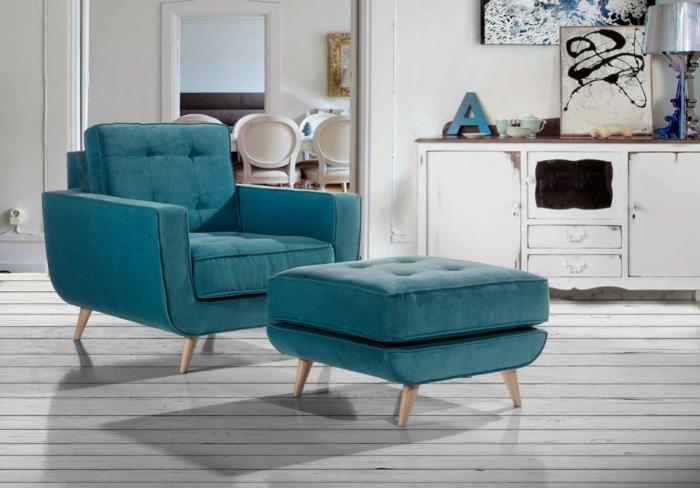 blauer sessel holzbeine wohnzimmer einrichtung retro portobellostreet