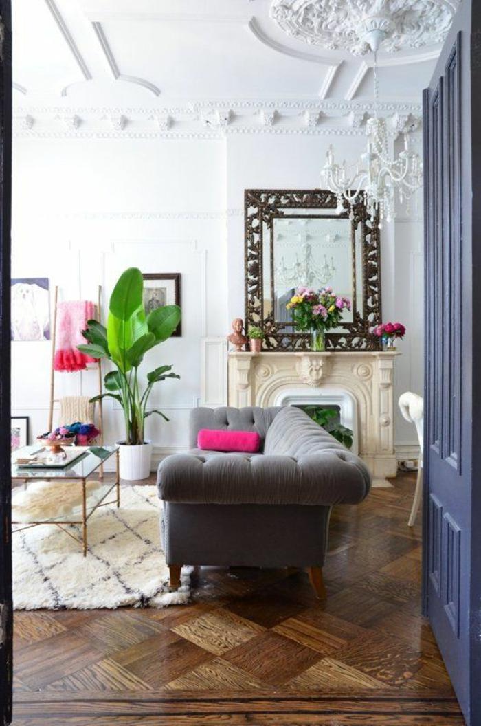 Chesterfield Sofa Wohnideen Wohzimmer Topfpflanze Leuchter Retro Couchtisch