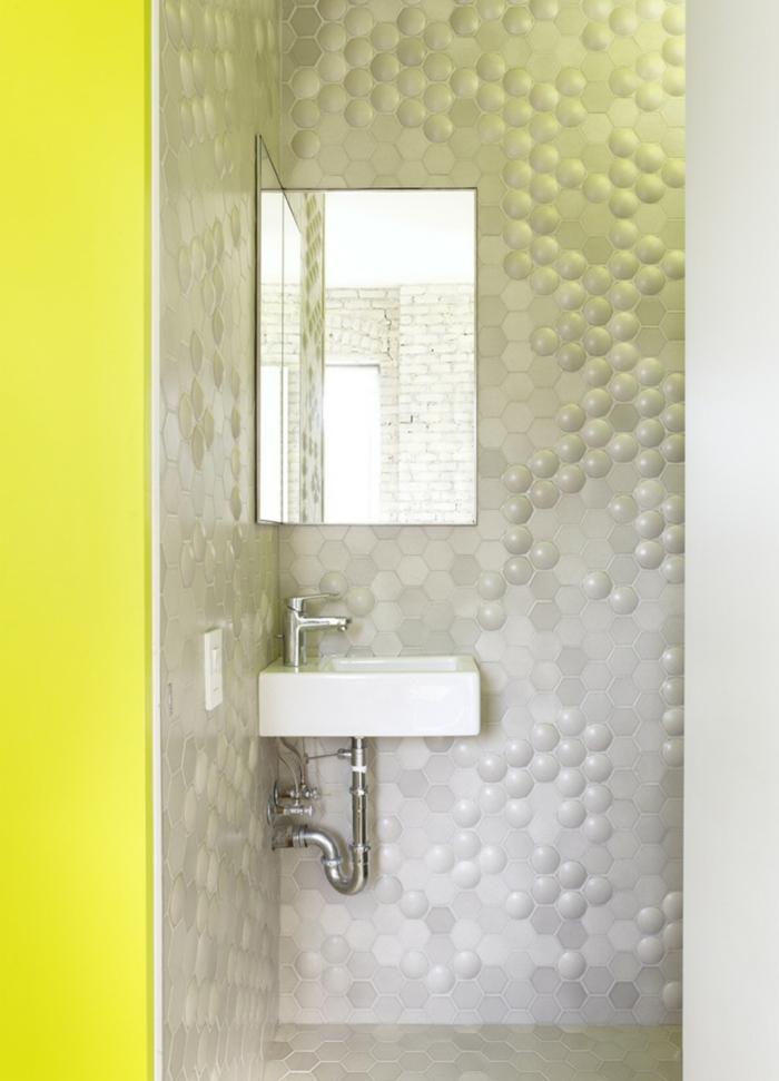 einzimmerwohnung einrichten duschkabina wandspiegel kleines waschbecken
