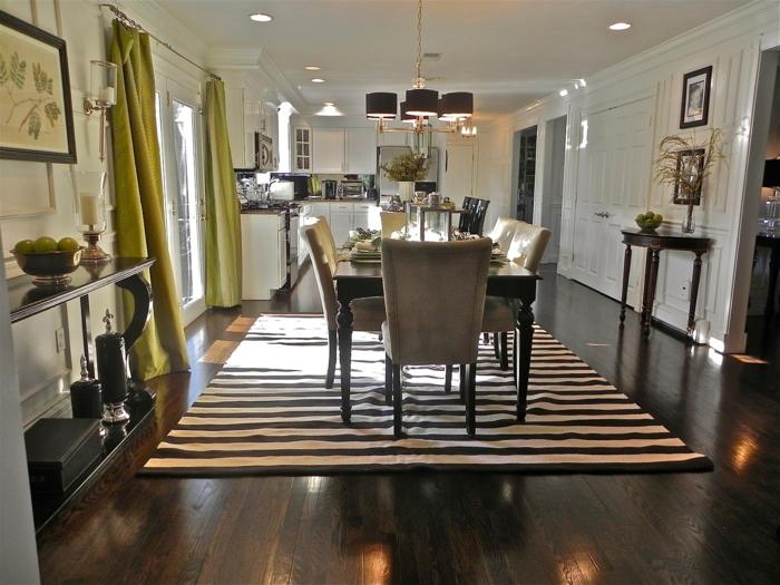 esszimmer einrichten streifenteppich stilvolle einrichtung grüne gardinen