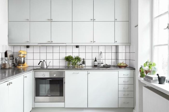 feng shui küche weiße kücheneinrichtung schränke küchenkräuter