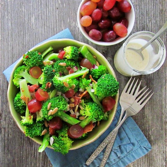 gesundes essen salat broccoli lifestyle