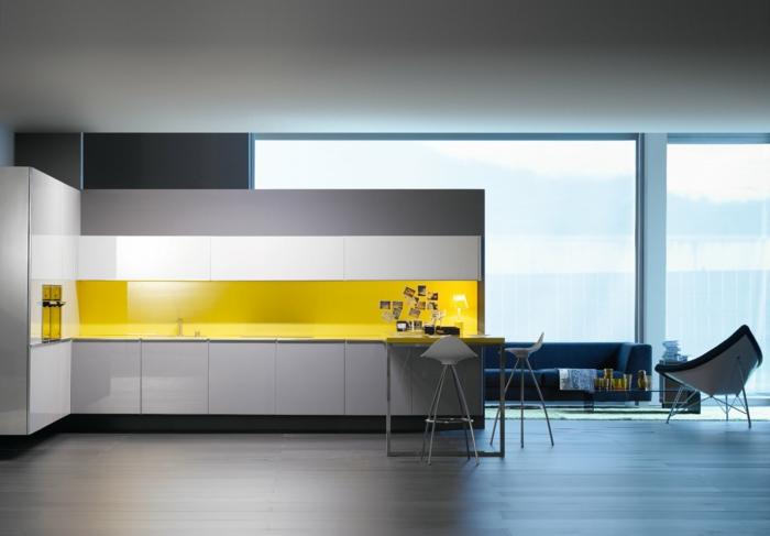 glasrückwand küche gelbe küchenrückwand minimalistisches innendesign