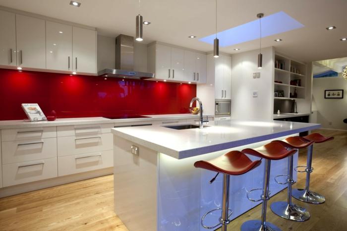 glasrückwand küche rot kücheninsel beleuchtung