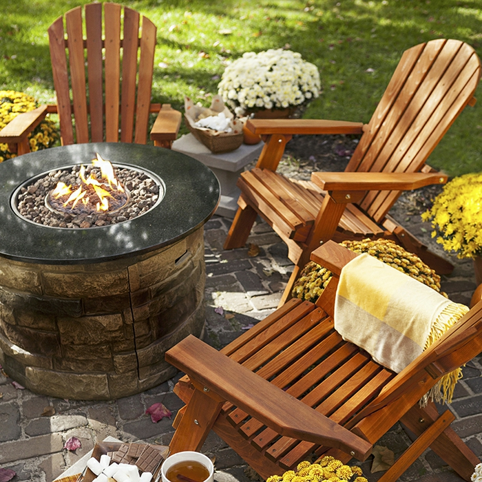 holzmöbel holzpflege outdoor gartenmöbel stühle offene feuerstelle