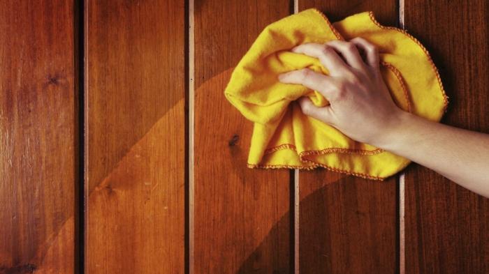 holzmöbel holzpflege wandverleidung putzmittel pflegemittel holztextur maserung