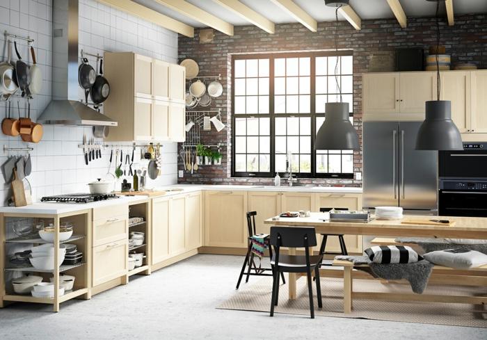 ikea küchen helle schränke ziegelsteinwand pendelleuchten ...