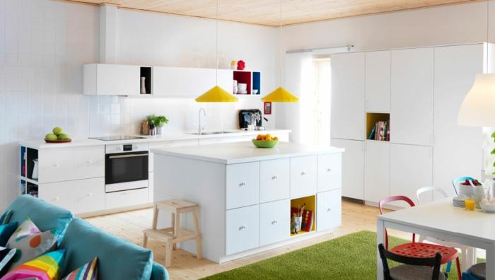 ikea küchen weiße fronten pendelleuchten gelb