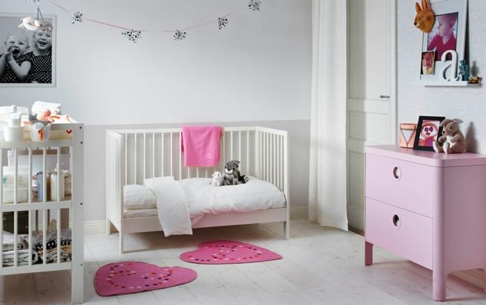 ikea kinderzimmer holzmöbel babybett rosa kommode holz
