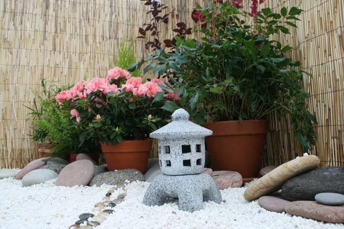 japanischer garten mini gartengestaltung ideen asalien steinlaterne flusssteine