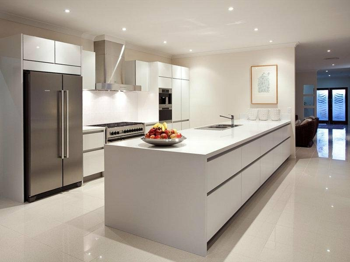 küchenmöbel kücheninsel beleuchtung bodenfliesen