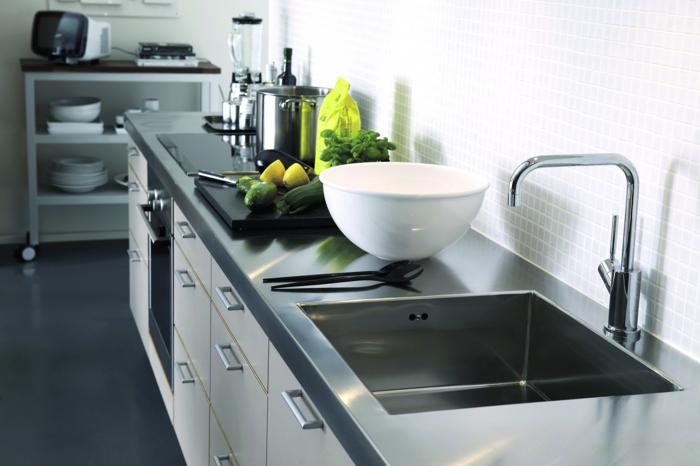 küchenmöbel materialien auswählen edelstahl bodenbelag küche