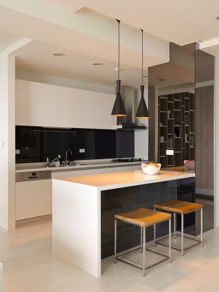 küchenrückwand glas schwarz kücheninsel deckenbeleuchtung