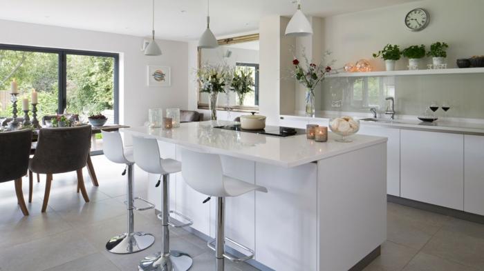 küchenrückwand glas stilvoll weißes ambiente